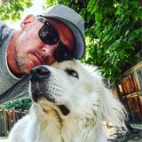 Available: Hardworking House and Pet Sitter new to Alamogordo, New Mexico. Professional Dog walker with over 500 5/5 reviews.