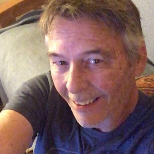 Pet Care Provider John Tenting's Profile Picture