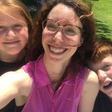 American/Italian/French recent graduate looking to fill my time with babysitting, tutoring and simply have fun with kids!