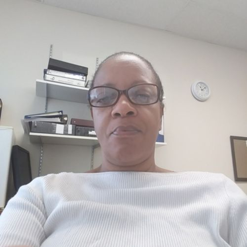 House Sitter Provider Marcia D's Profile Picture