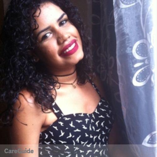 Canadian Nanny Provider Letícia Sampaio's Profile Picture