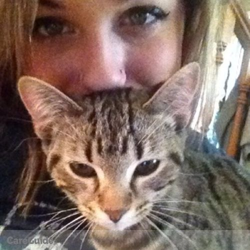 Pet Care Provider Lauren Dixon's Profile Picture