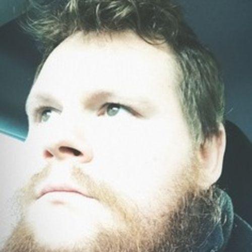 House Sitter Provider Joshua L's Profile Picture
