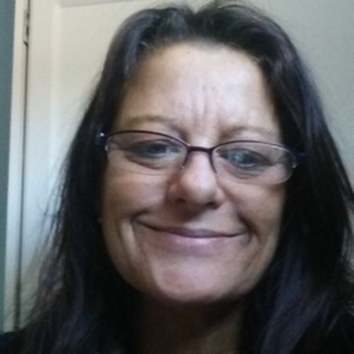 Housekeeper Provider Earleen Purvis's Profile Picture