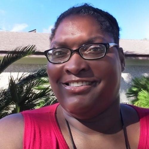 House Sitter Provider EiNara L's Profile Picture