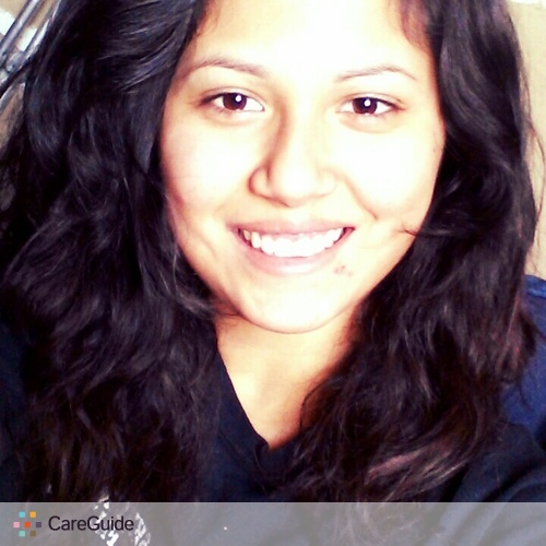 House Sitter Provider Monse Fuentes's Profile Picture