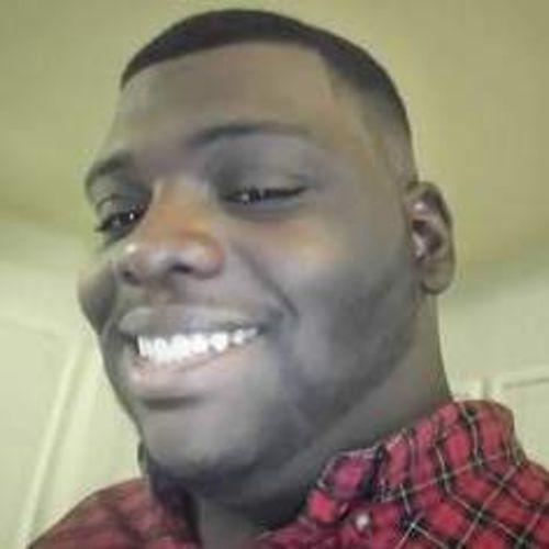 House Sitter Provider LeRon B's Profile Picture