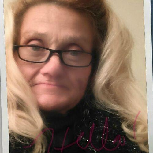 House Sitter Provider D'Gloria Morales's Profile Picture