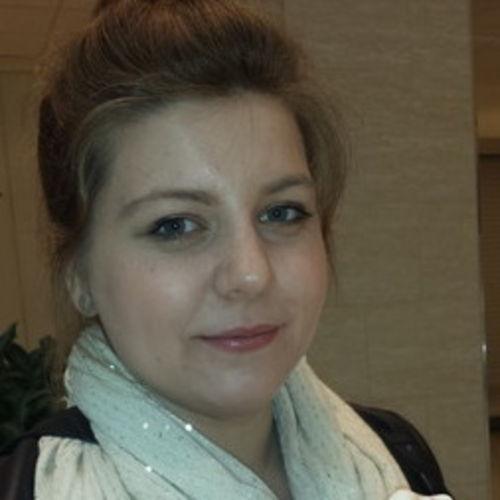 Housekeeper Provider Lacrimioara Raicov's Profile Picture