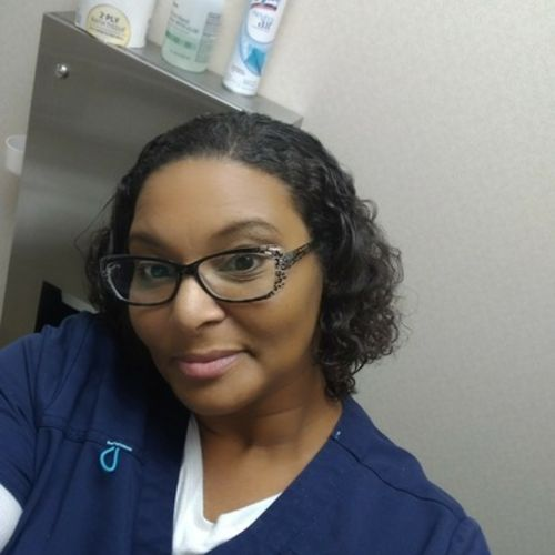 Elder Care Provider Rachel D's Profile Picture
