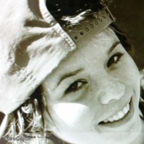 Canadian Nanny Provider Laura 's Profile Picture