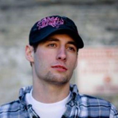 House Sitter Provider Derek Johansen's Profile Picture