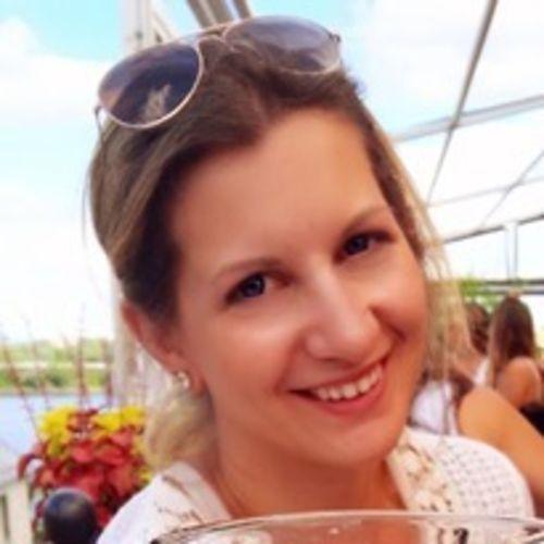 Canadian Nanny Provider Janna L's Profile Picture
