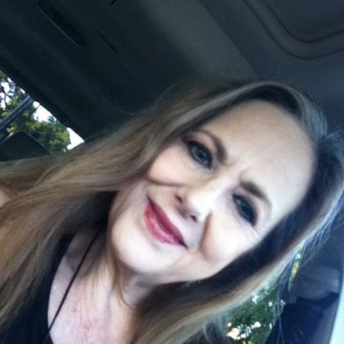 House Sitter Provider Carolyn B's Profile Picture