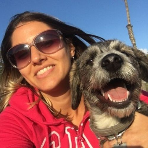 Pet Care Provider Fernanda M's Profile Picture