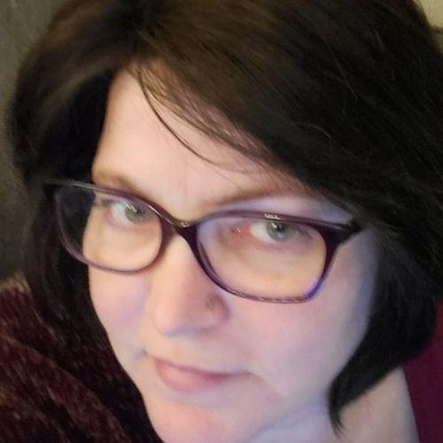 House Sitter Provider Desirae A's Profile Picture