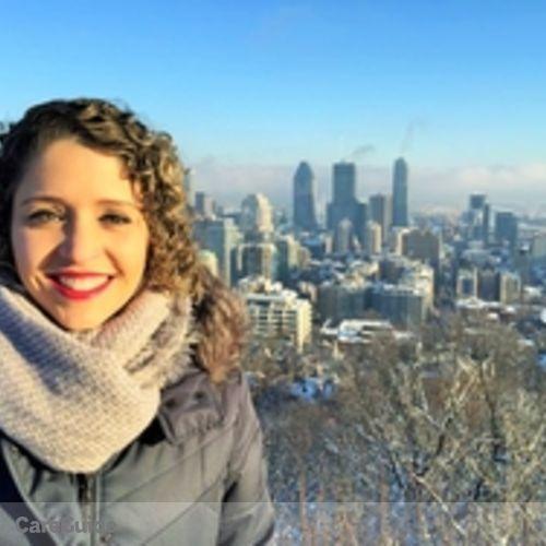 Canadian Nanny Provider Letícia Santos's Profile Picture
