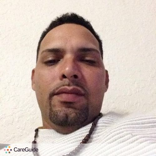 Housekeeper Provider Wilfredo Lopez's Profile Picture