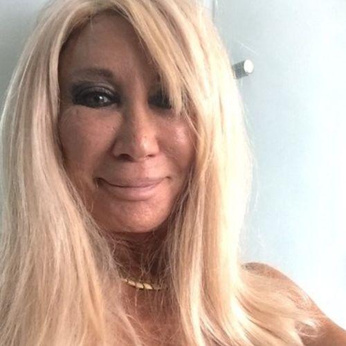 House Sitter Provider Elizabeth Sampson's Profile Picture