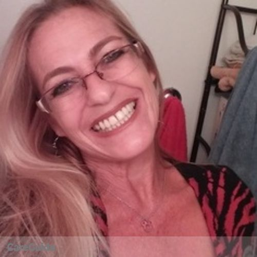 House Sitter Provider Laura Rosell's Profile Picture