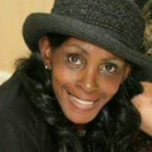 Elder Care Provider Vernetta T's Profile Picture