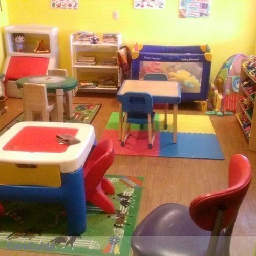 Child Care Job Leona Thymes's Profile Picture