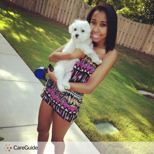 Pet Care Provider Jazmin W's Profile Picture