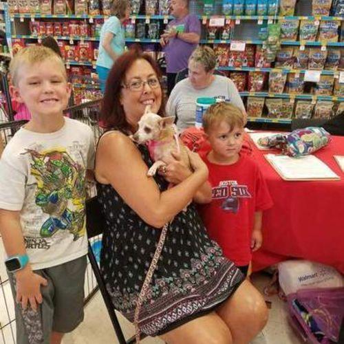 Pet Care Provider Susan Hanson's Profile Picture