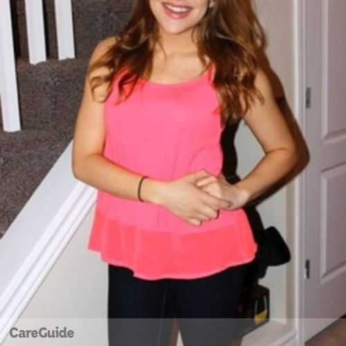 Canadian Nanny Provider Hannah Brown-Peterside's Profile Picture