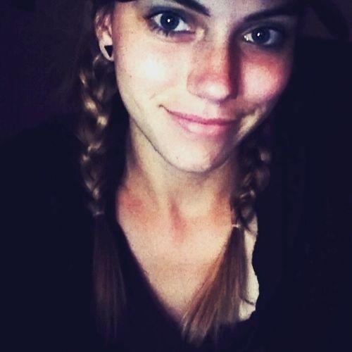 Canadian Nanny Provider Nicole Simser's Profile Picture