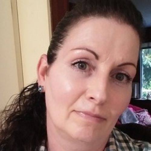 Housekeeper Provider Lara Bowers's Profile Picture