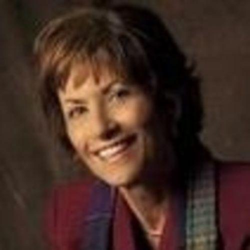 House Sitter Provider Nora Livingston's Profile Picture