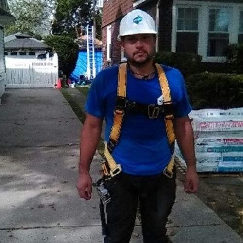 Roofer Provider Manny C's Profile Picture