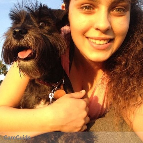 Pet Care Provider Jasmin De La Sierra's Profile Picture