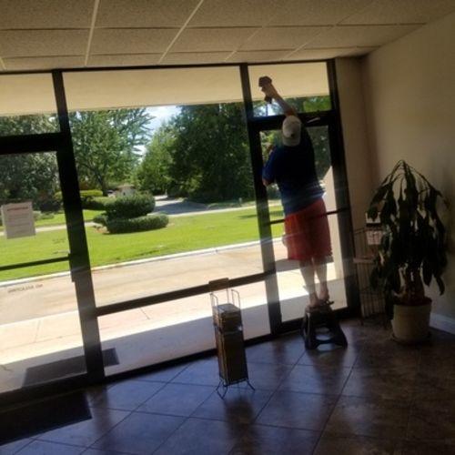Housekeeper Provider Lisa H Gallery Image 1