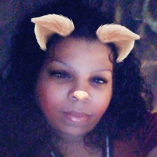 House Sitter Provider Elizabeth Ewing's Profile Picture