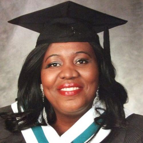 Elder Care Provider Yvonne S's Profile Picture