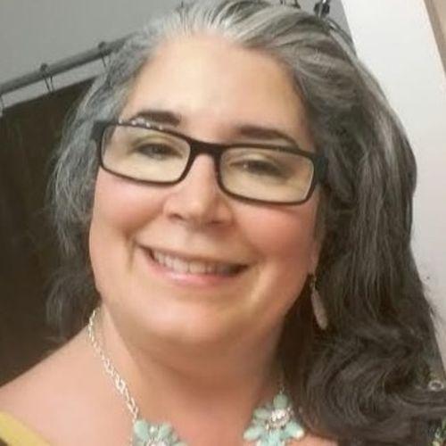 Pet Care Provider Elizabeth Clary's Profile Picture