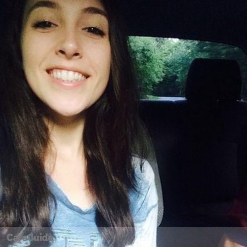 Pet Care Provider Emily Malinari's Profile Picture