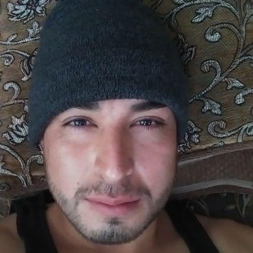 Housekeeper Provider Esteban P's Profile Picture