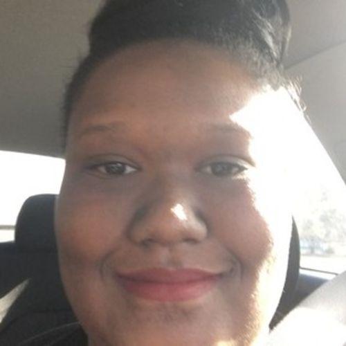 Elder Care Provider Amanda M's Profile Picture