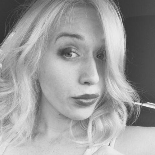 House Sitter Provider Nicole Ruiz's Profile Picture