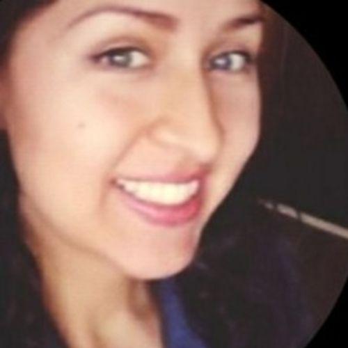 House Sitter Provider Vivian Santos's Profile Picture
