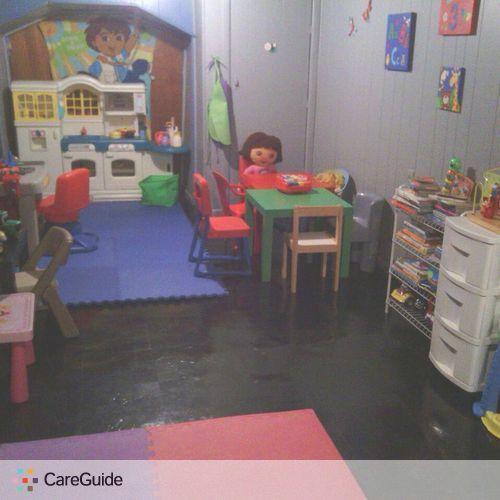 Child Care Provider Nina Flores's Profile Picture