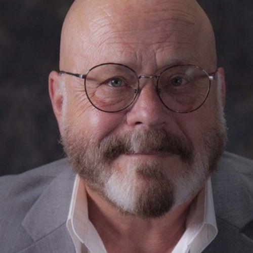 House Sitter Provider Dennis M's Profile Picture