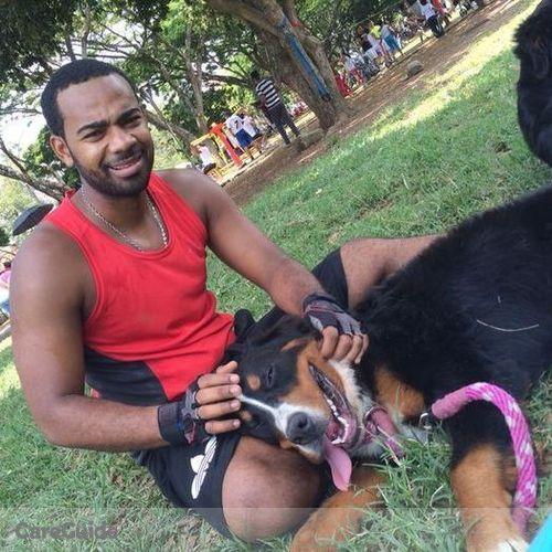 Pet Care Provider Juan G's Profile Picture