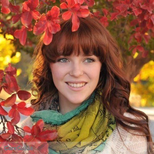 Pet Care Provider Emma B's Profile Picture