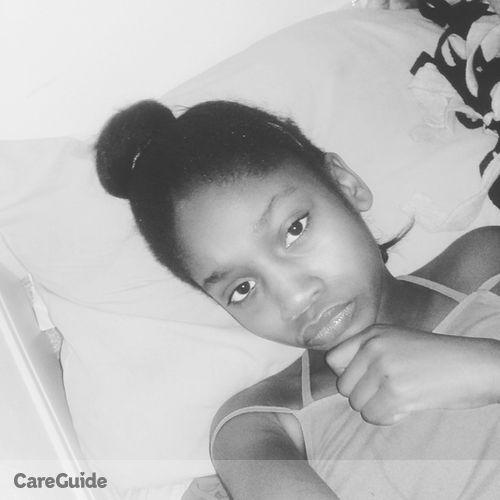 Pet Care Provider Naseya Montissol's Profile Picture