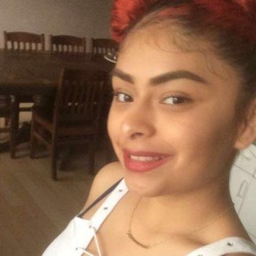 House Sitter Provider Julissa R's Profile Picture