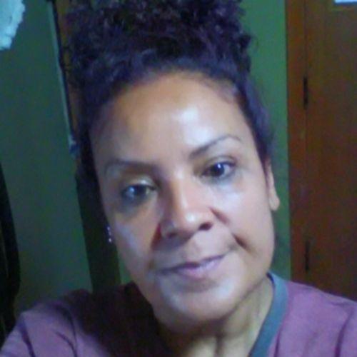 Housekeeper Provider Abigail Velez's Profile Picture